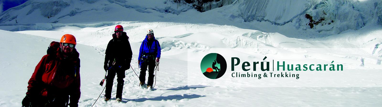 Climbing Perú